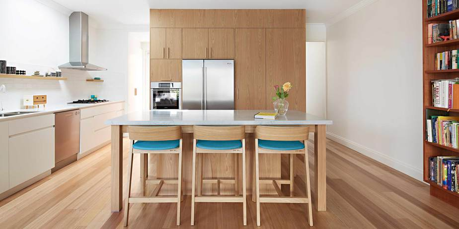 Wooden floors, open plan kitchen, light filled space, elegant lines, contrasting colours. Designers from Melbourne, in Melbourne, by Smarter bathrooms and Kitchens